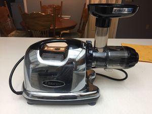 Omega j8006 Juicer for Sale in Avon Park, FL