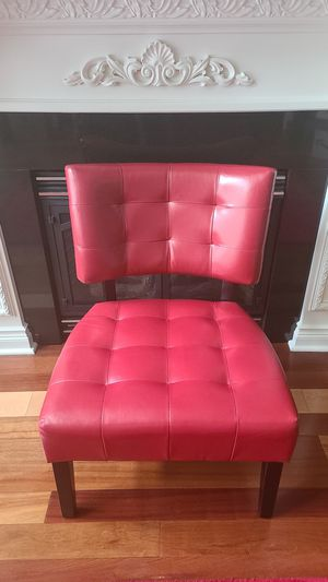 Blended Leather Tufted Accent Chair for Sale in Clinton Township, MI