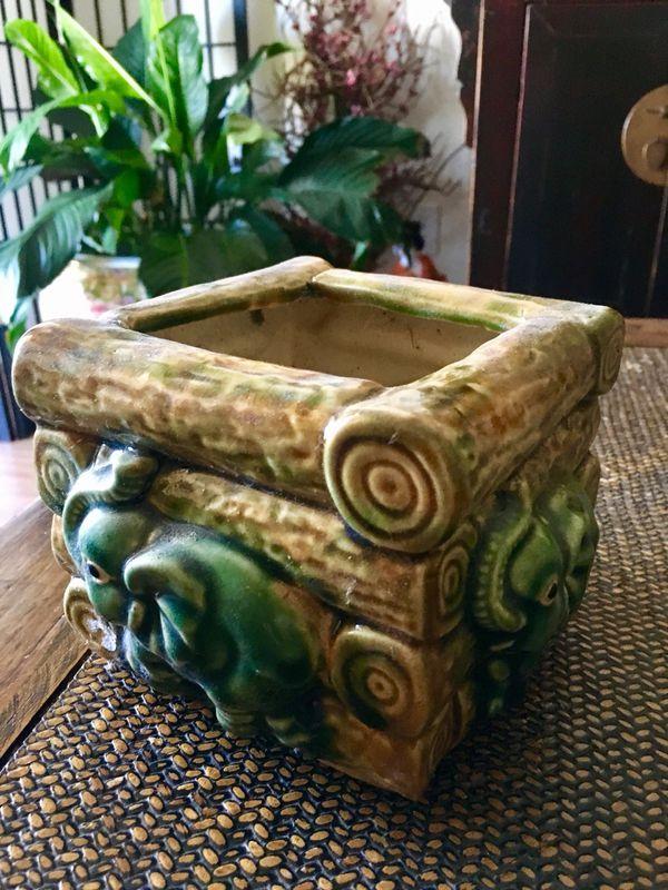 Hand Painted Elephant Ceramic Pot
