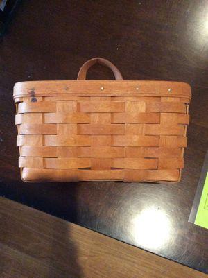Hanging Longaberger basket for Sale in Spring, TX