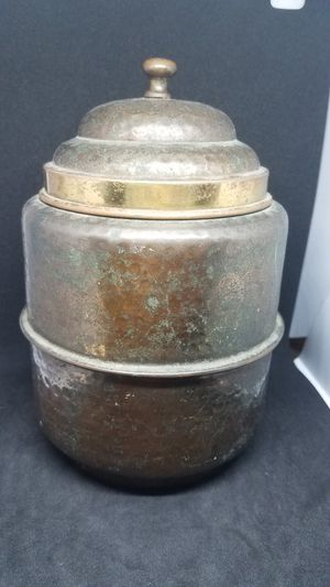Vintage Asian bronzer can earlier 1875 year for Sale in Plainfield, NJ