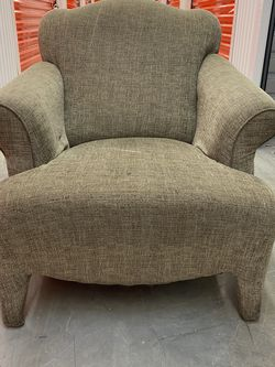 ARMCHAIR MID CENTURY IN GREAT CONDITION- Delivery Is Negotiable for Sale in Boca Raton,  FL