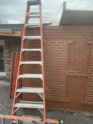 10' fiberglass a-frame ladder for Sale in Knoxville, TN
