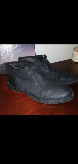 john varvatos SUEDE STANTON CHUKKA shoes/boots size 8.5 for Sale in Salt Lake City, UT