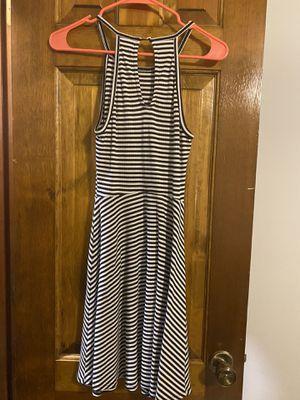 Black and White striped dress for Sale in Lenexa, KS