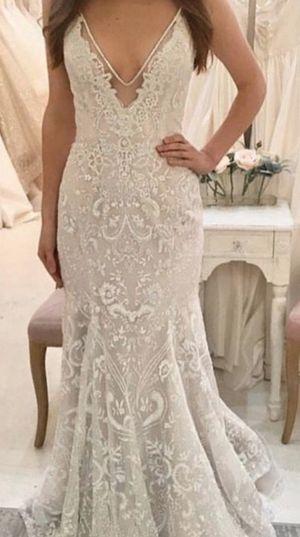 Hayley Paige Haruki Wedding Dress-Size 10 for Sale in St. Petersburg, FL