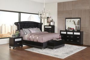 5 piece queen bedroom set come to the queen bed frame dresser mirror and nightstand and truck for Sale in North Highlands, CA