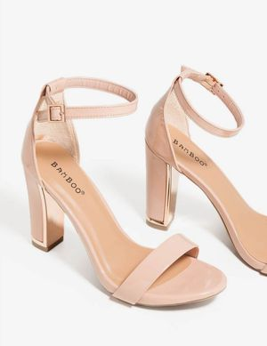 Online Store Closing Sale!!! All Heels $10, All Sandals $5 for Sale in St. Louis, MO