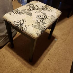 Little wooden stool for Sale in Porterville, CA