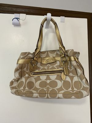 Coach Gold Signature Purse shoulder handbag for Sale in Waltham, MA