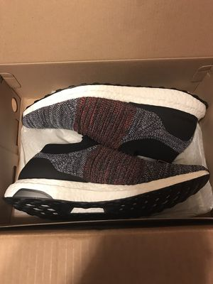 Adidas ultra boost Laceless size 11.5 for Sale in Orlando, FL