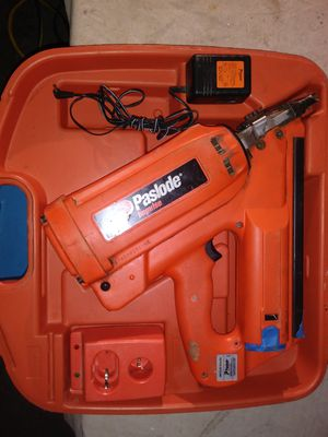 Pasload baterry and gas framing nail gun $150 for Sale in Lakewood, CA
