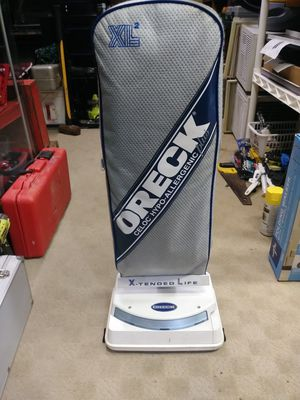 XL2 Oreck Vacuum, Works for Sale in West Chicago, IL