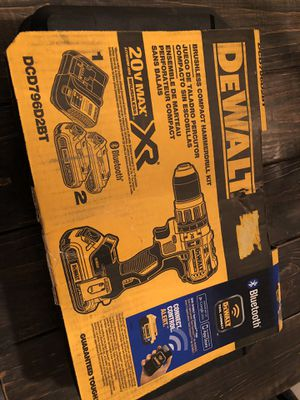 DeWalt 20V MAX* XR LI-ION Brushless Compact Drill With 2 Bluetooth Battery Packs for Sale in Orlando, FL