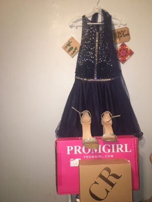 Prom girl navy blue homecoming dress w/ Charlotte Russe silver heels for Sale in Springfield, IL
