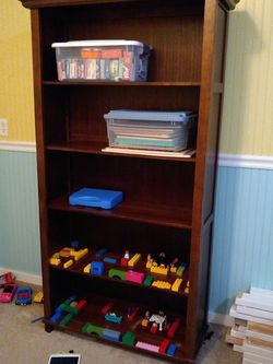 Wood Bookshelves for Sale in Arlington,  WA