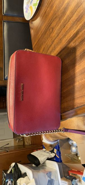 Micheal Kors purse for Sale in Los Banos, CA