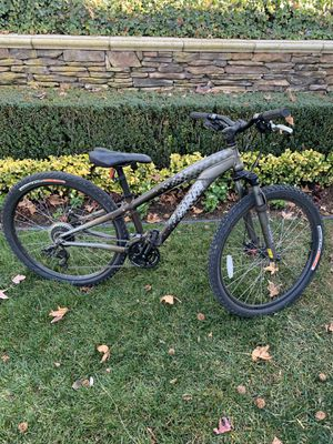 """Specialized bicycle 26"""" - like new for Sale in Yorba Linda, CA"""