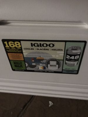 Igloo 248 cans for Sale in Los Angeles, CA