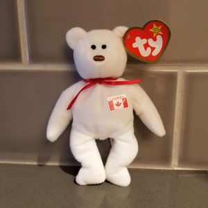 Maple The Bear White and Red Plush for Sale in Park Ridge, IL