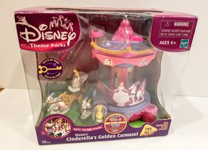 Disney Theme Parks Cinderella's Golden Carousel. NEW Collectible for Sale in Riverside, CA