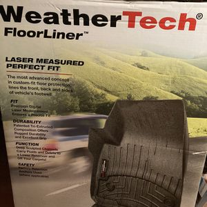 WeatherTech Floor Liners 2019 GMC SIERRA/DENALI 1500; CHEVY SILVERADO 1500 for Sale in Tacoma, WA