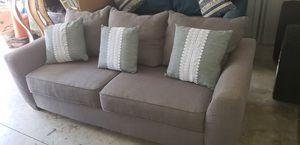 Gray cloth sofa clean for Sale in Boynton Beach, FL