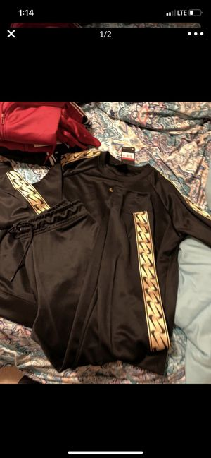 Women's nike outfit for Sale in Puyallup, WA
