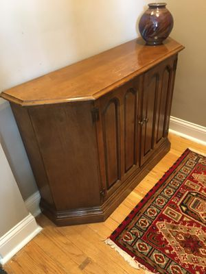 Entryway / Hall Cabinet for Sale in Chicago, IL