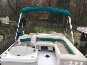 2004 hurricane fundeck 196r for Sale in Silver Spring, MD