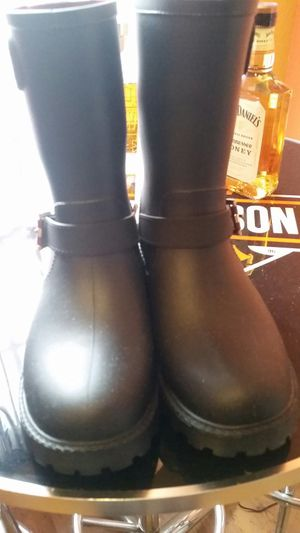 Ladies Tommy Hilfiger Rain Boots for Sale in Murfreesboro, TN
