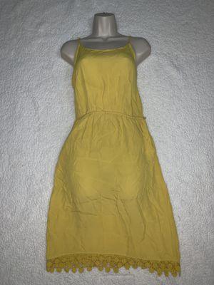 Yellow summer dress for Sale in Pembroke Pines, FL