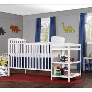 Dream on Me Crib with Changing table for Sale in Atlanta, GA