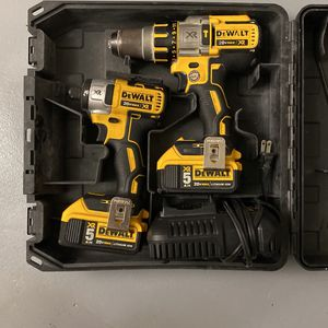 Dewalt 20v Combo Kit Hammer Drill And Impact W/ 2 5ah Batteries And Charger for Sale in Hollywood, FL