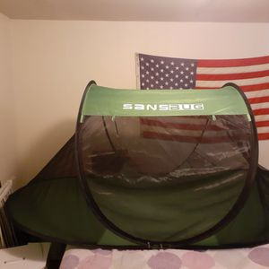 Large Sansbug Mesh Tent 1 Person Bonding Tent For Animals for Sale in Swansea, SC