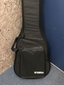 Yamaha Acoustic Guitar Soft case for Sale in Anaheim,  CA