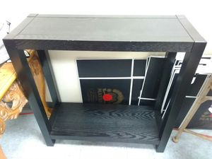 Wooden Corner Table for Sale in Columbus, OH