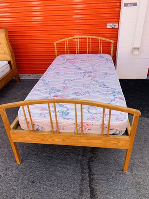 Twin bed frame and mattress for Sale in Laguna Hills, CA