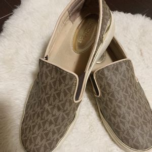 Michael Kors Slip On Shoes 7 for Sale in Cary, NC