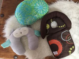 Infant baby toddler head neck pillows flat head prevention for Sale in Las Vegas, NV