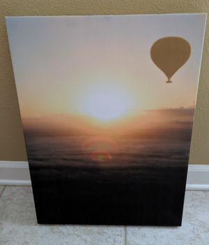 18x24 hot air balloon canvas picture for Sale in Tampa, FL