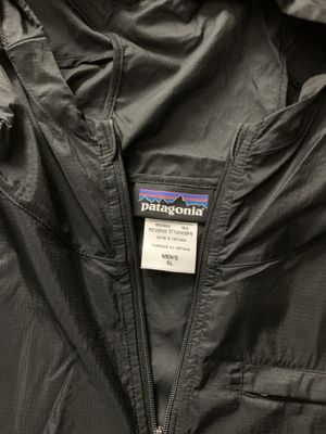 Patagonia black Houdini jacket size XL for Sale in Huntington Beach, CA