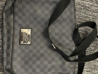 Leather Checkered LV Messenger Bag for Sale in Anaheim,  CA