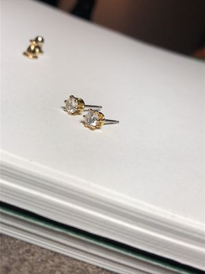 14kt Gold & Crystal Earrings for Sale in Bothell, WA