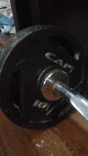 Ez curl bar and dumbbells for Sale in Houston, TX