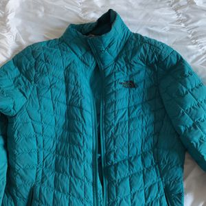Dark Teal North face Jacket for Sale in Canal Winchester, OH