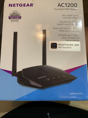 Netgear AC1200 Router Like New In Box for Sale in Greenville, NC