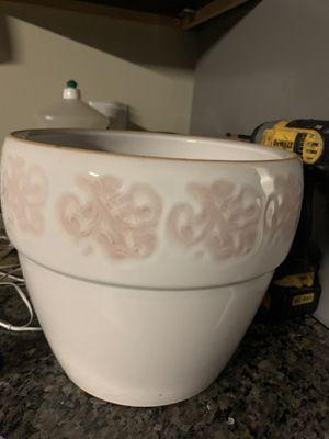 Flower pot ceramic for Sale in Columbus, OH
