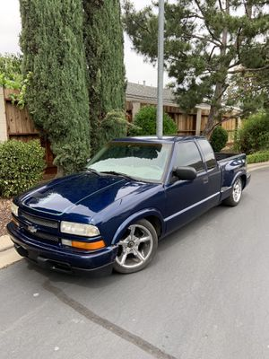 2003 Chevy Stepside S10 for Sale in Modesto, CA