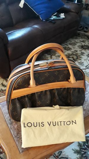 Louis Vuitton mizi bag for Sale in Portsmouth, VA